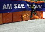 1. Inline Downhill Weltmeisterschaft, Zell am See (Austria) Lionel Favret (France) zu schnell in der Kurve, Aufprall in der Absperrung