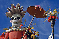 "Tournament of Roses Parade Floats Extraordinaire Trophy - 2008, ""Celebration of Life -Dia de Los Muertos"", City of Santa Fe Springs"