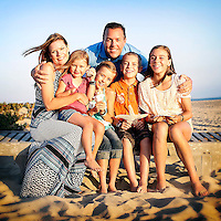 1 August 2013:  Patrick, Lisa, Savannah (13), Brady (9), Teagan (7) and Kylie (5) Sullivan in Sunset Beach, CA for a family photo session.