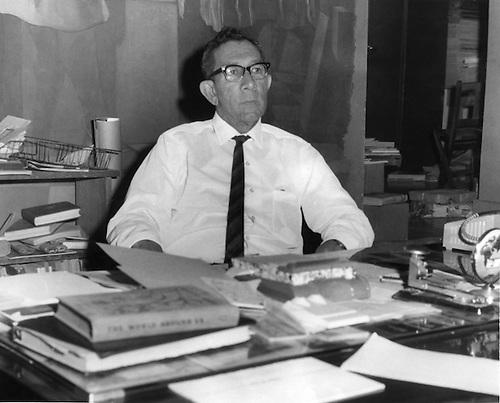Julio D.  Postigo, ideólogo de la Feria del Libro de Santo Domingo, 1951 © OGM