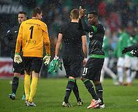 Fussball 1. Bundesliga :  Saison   2012/2013   9. Spieltag  27.10.2012 SpVgg Greuther Fuerth - SV Werder Bremen Torwart Sebastian Mielitz und Eljero Elia (v. li., SV Werder Bremen)