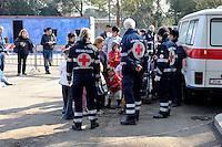 Roma 28 Febbraio 2009.Prima campagna di vaccinazione della Croce Rossa Italiana riguardante i bambini del campo nomadi Casilino 900, uno dei più grandi della Capitale.