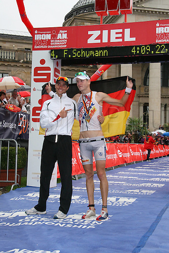 15 08 2010  Triathlon ITU World Championship Ironman event Wiesbaden. Andreas Raelert Michael Raelert ger men Triathlon Wiesbaden euro
