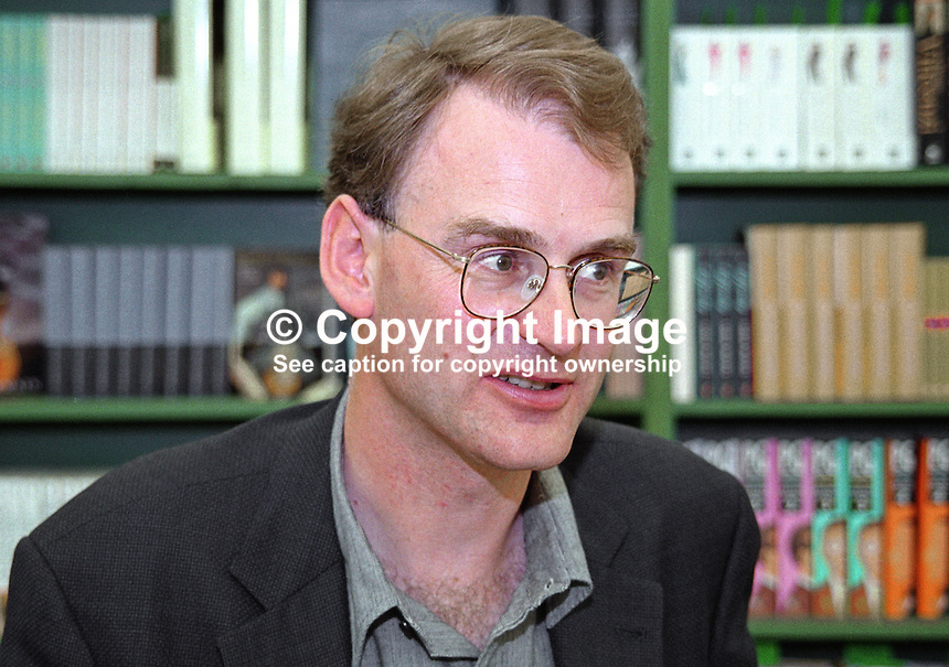 Matt Ridley, aka 5th Viscount Ridley, author, popular science books, speaker, Hay International Book Festival, Wales, UK, 200005302.<br />