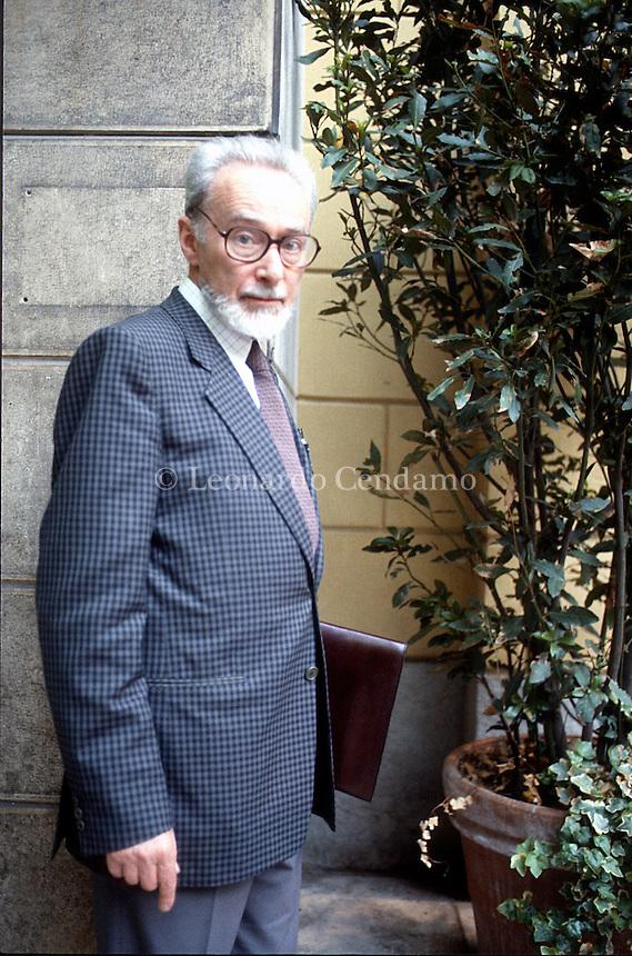 Primo Michele Levi (Torino, 31 luglio 1919 – Torino, 11 aprile 1987) è stato uno scrittore, partigiano, chimico e poeta italiano, autore di racconti, memorie. Milano, giugno 1985. © Leonardo Cendamo