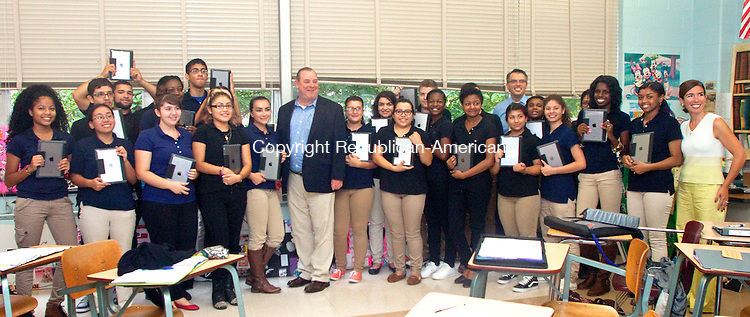 WATERBURY, CT 23 SEPTEMBER 2015 -093015DA05- Waterbury's Mayor Neil O'Leary showed up at Kennedy High School's award-winning journalism class to deliver a bunch of iPads on Wednesday.<br /> Darlene Douty Republican-American