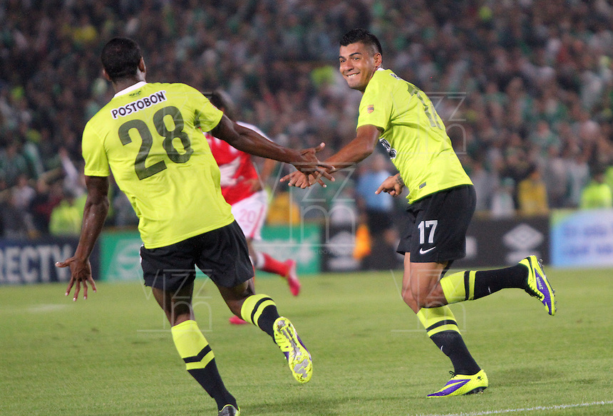 BOGOTA -COLOMBIA- 28 -11--2013. Jefferson  Duque  del Atletico Nacional celebra su 2 gol contra el Independiente Santa Fe , encuentro de los cuadrangulares finales de la Liga Postobon jugado en el estadio de El Campin /  Jefferson  Duque of  Atletico Nacional celebrates his second  goal against Independiente Santa Fe  , meeting the final matches  Postobon League played at El Campin Stadium .Photo: VizzorImage / Felipe Caicedol / Staff
