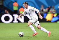FUSSBALL WM 2014  VORRUNDE    Gruppe D     England - Italien                         14.06.2014 Wayne Rooney (England) am Ball