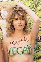 Roma 2 Luglio  2013<br /> L'Associazione &quot;Animalisti Italiani Onlus&quot; lancia la prima campagna vegana in Italia.<br /> Testimonial, l'attrice Vegana Loredana Cannata  in topless<br /> Rome July 2nd 2013  <br /> The Association &quot;Animalisti Italian Onlus&quot; launches its first campaign vegan  in Italy .<br /> Testimonial, the actress Vegana, Loredana Cannata  in topless