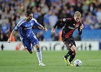 FUSSBALL   CHAMPIONS LEAGUE   SAISON 2011/2012     13.08.2011 FC Chelsea London - Bayer 04 Leverkusen Andre Schuerrle (re, Bayer 04 Leverkusen) gegen Frank Lampard (FC Chelsea)