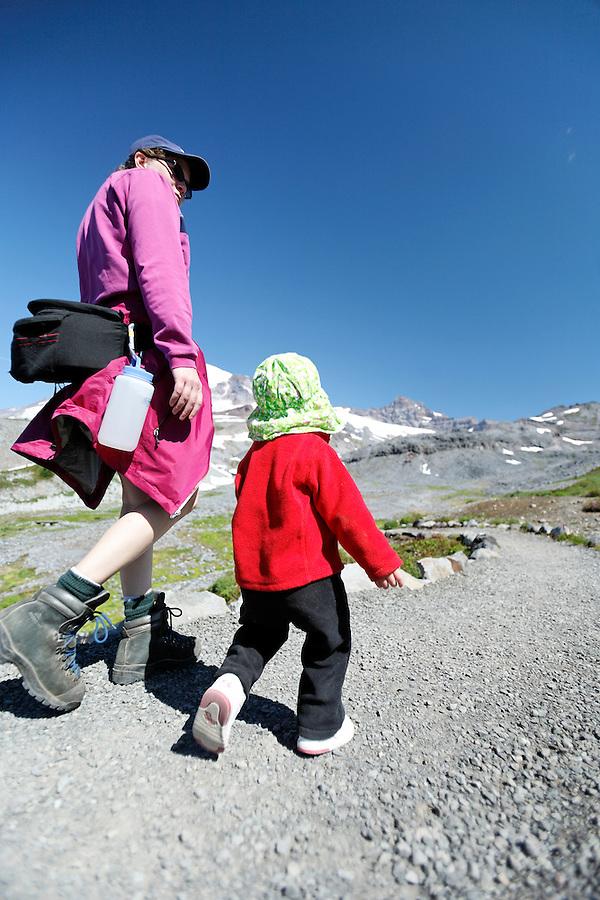 Mother and daughter hiking Mazama Ridge Trail, Mount Rainier National Park, Washington, USA