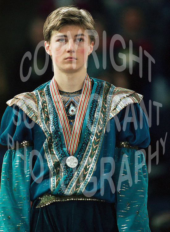 NAVER まとめ「氷上のディカプリオ」フィギュア男子シングル金メダリスト【イリヤ・クーリック】なつ…