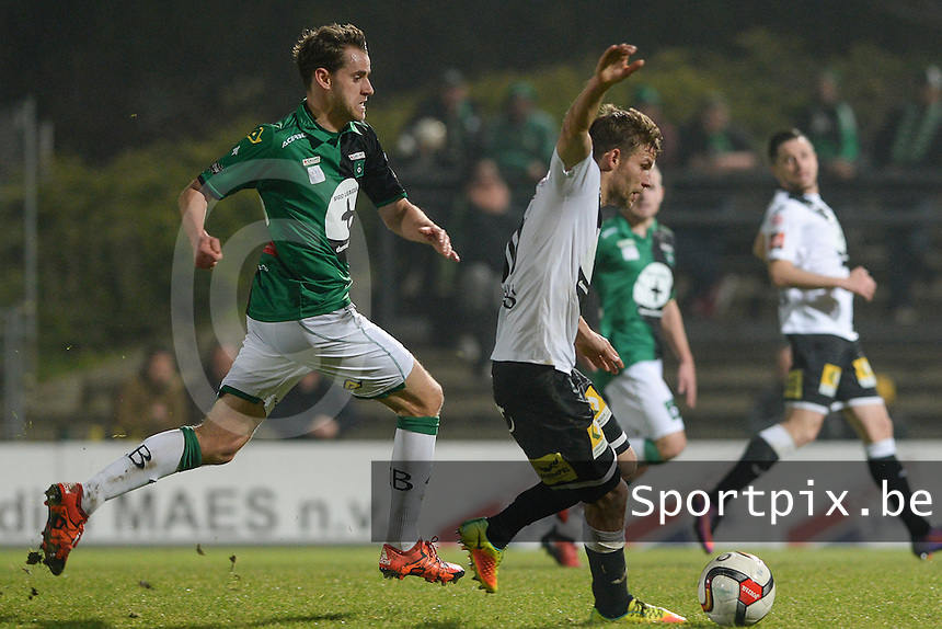 20161217 - ROESELARE , BELGIUM : Roeselare's Lukas Van Eenoo (r) pictured in duel with Cercle's Karel Van Roose (left) during the Proximus League match of D1B between Roeselare and Cercle Brugge, in Roeselare, on Saturday 17 December 2016, on the day 20 of the Belgian soccer championship, division 1B. . SPORTPIX.BE | DAVID CATRY