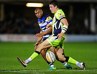 Jonathan Joseph of Bath Rugby kicks through. Aviva Premiership match, between Bath Rugby and Sale Sharks on October 7, 2016 at the Recreation Ground in Bath, England. Photo by: Patrick Khachfe / Onside Images