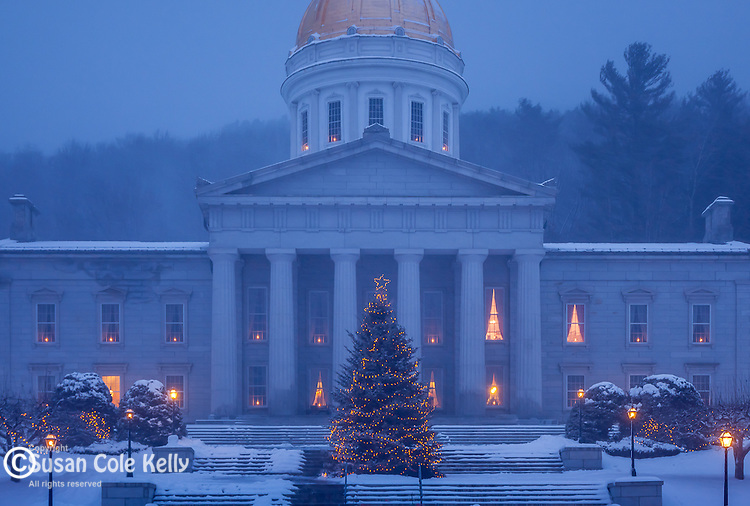 Christmas snowstorm at the Vermont State House in Montpelier, VT