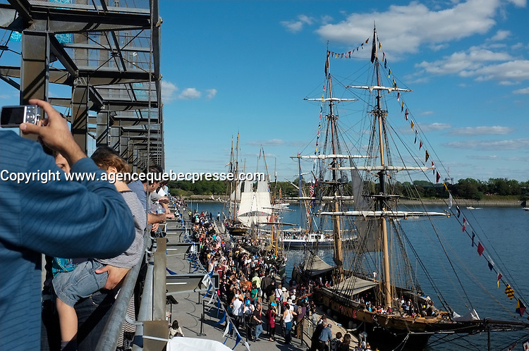 Montreal (Qc) CANADA -Sept  18 2011 File Photo -  Ship visit Mointreal Old-Port.