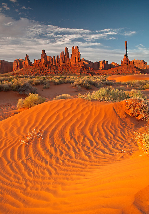 The Totem Pole and Yei Bi Chei rock formations in Monument Valley Navajo Tribal Park on the Arizona-Utah border, USA