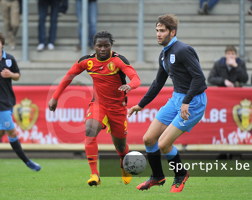 Belgium U19 - England U19 : Jordan Turnbull (4) and Nathan Kabasele (9).foto DAVID CATRY / Nikonpro.be