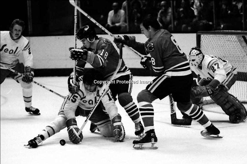 California Golden Seals vs Chicago Blackhawks 1975<br />