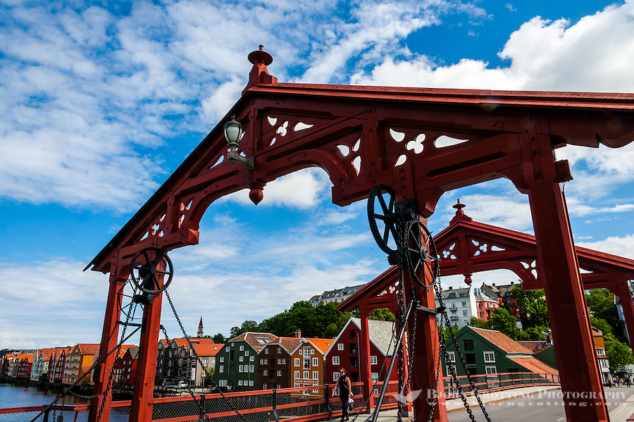 Norway, Sør-Trøndelag, Trondheim. Old Town Bridge. Gamle Bybro or Bybroa in Norwegian. Constructed in 1681.