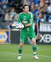Earthquakes' goalkeeper Joe Cannon in action during the game against the Red Bulls at Buck Shaw Stadium in Santa Clara, California.  San Jose Earthquakes defeated New York Red Bulls, 4-0.