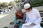 Festa di Eid al-kabir, Eid Al-Adha, islamici pregano in piazza