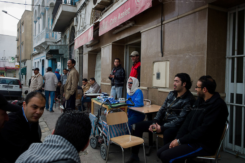 Tunis, January 16, 2011.Two days after Ben Ali's regime collapsed, life slowly returns to normal, shops and cafes reopen for the first time..