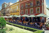 Outdoor restaurant facing the Plaza de la Paz in the city of Guanajuato, Mexico