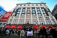 United States, New York, November 11, 2011..General view of Macy's store while people attend in mass stores to buy presents and toys for Christmas during the black friday in New York, November 25, 2011. VIEWpress / Eduardo Munoz Alvarez..With consumer spending accounting for 70 per cent of the U.S. economy, it comes as a much-needed lifeline for the country's ailing finances - and signals good news for shops in the run up to Christmas..Local Media Report.