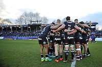 The Bath Rugby team huddle together at half-time. European Rugby Challenge Cup match, between Bath Rugby and Pau (Section Paloise) on January 21, 2017 at the Recreation Ground in Bath, England. Photo by: Patrick Khachfe / Onside Images