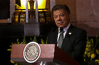 Mexico City, Mexico. 21th April 2014 - Colombian president Juan Manuel Santos attends the awake service of Colombian Nobel Prize laureate Gabriel Garcia Marquez in Mexico City. Photo by Miguel Pantaleon/VIEWpress