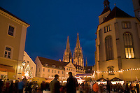 Christmas market, Regensburg, Bavaria, Germany