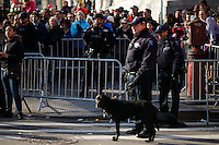 Members of the New York Police Department stand guard during the 89th Macy's Thanksgiving Annual Day Parade in the Manhattan borough of New York.  11/26/2015. Eduardo MunozAlvarez/VIEWpress