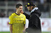 FUSSBALL   1. BUNDESLIGA   SAISON 2011/2012   23. SPIELTAG Borussia Dortmund - Hannover 96                        26.02.2012 Robert Lewandowski und Trainer Juergen Klopp (re, beide Borussia Dortmund)