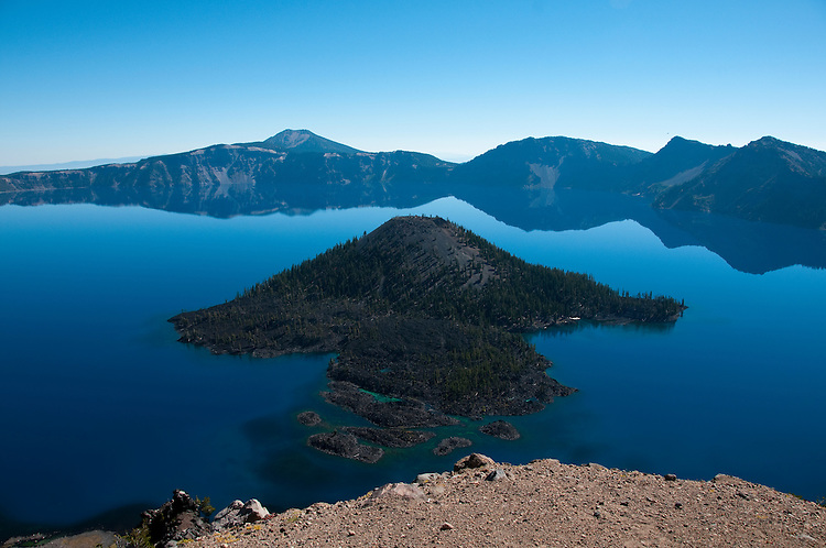Crater Lake National Park, Oregon.  Showing Wizard Island .Photo copyright Lee Foster.  Photo # oregon-crater-lake-oregon105773