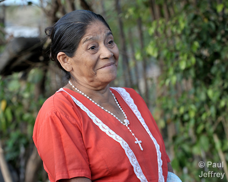 catarina single women Chat with mayra, 30 today from santa catarina, mexico start talking to her totally free at badoo.