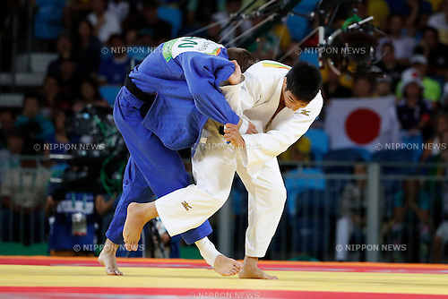 Antoine Valois-Fortier (CAN), Takanori Nagase (JPN),<br /> AUGUST 9, 2016 - Judo :<br /> Men's -81kg Repechage at Carioca Arena 2 during the Rio 2016 Olympic Games in Rio de Janeiro, Brazil. (Photo by Yuzuru Sunada/AFLO)