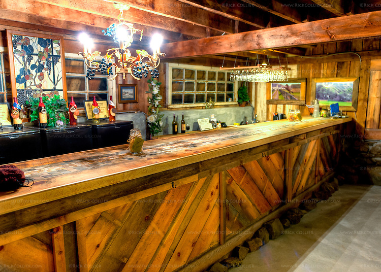 The tasting bar at Aspen Dale Winery has been cleaned for the night, ready for tomorrow's visitors (HDR image).