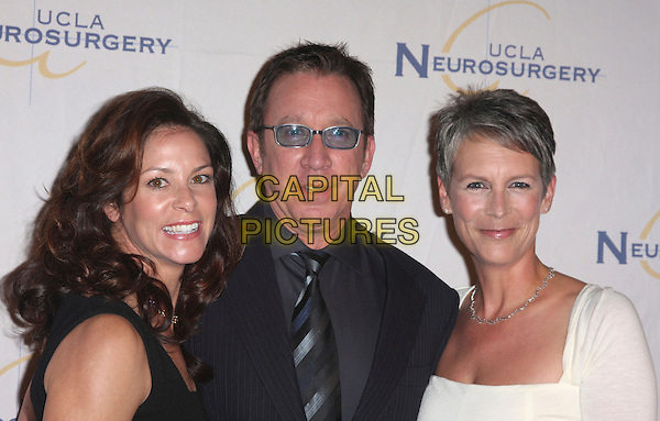 JANE & TIM ALLEN & JAMIE LEE CURTIS.2007 Visionary Ball held at the Beverly Wilshire Four Seasons Hotel, Beverly Hills, California , USA..04 October 2007..half length married wife husband black glasses tie.CAP/ADM/CH.©Charles Harris/Admedia/Capital Pictures