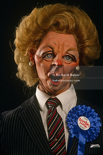 margaret hilda thatcher the first woman in the office of the prime minister in great britain Thatcher was born margaret hilda roberts in the town of grantham in lincolnshire thatcher became the first female prime minister on 4 may 1979 margaret thatcher volume one: the grocer's daughter by john campbell (pimlico.