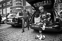 Fleche Wallonne 2012..prepping for harch conditions ahead