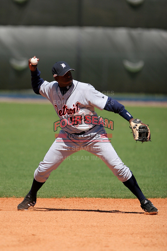 Detroit Tigers minor leaguer Augistin Guzman during Spring Training at the Chain of Lakes Complex on March 17, 2007 in Winter Haven, Florida.  (Mike Janes/Four Seam Images)