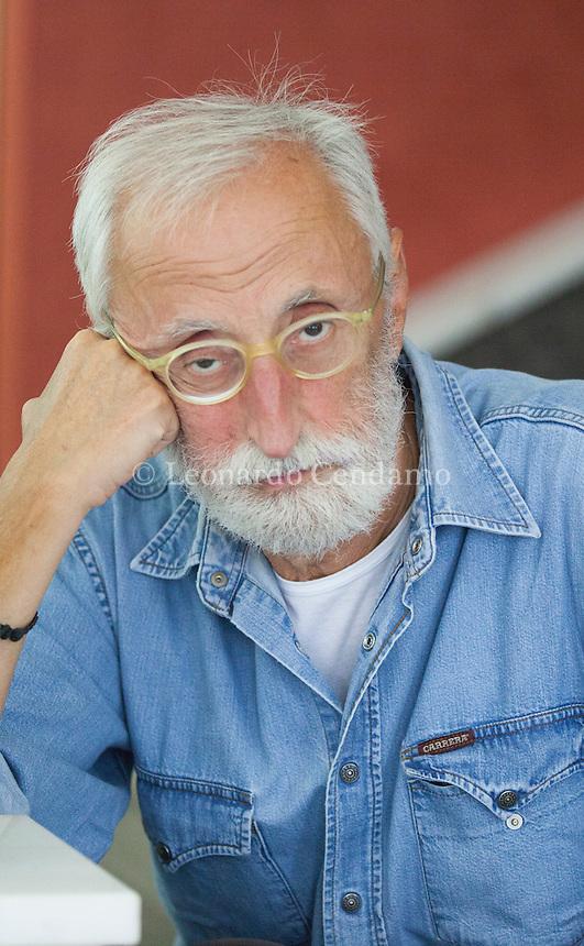 Antonio Moresco (Mantova, 30 ottobre 1947) è uno scrittore italiano, autore di opere narrative, teatrali e saggistiche. Pordenonelegge settembre 2016. © Leonardo Cendamo