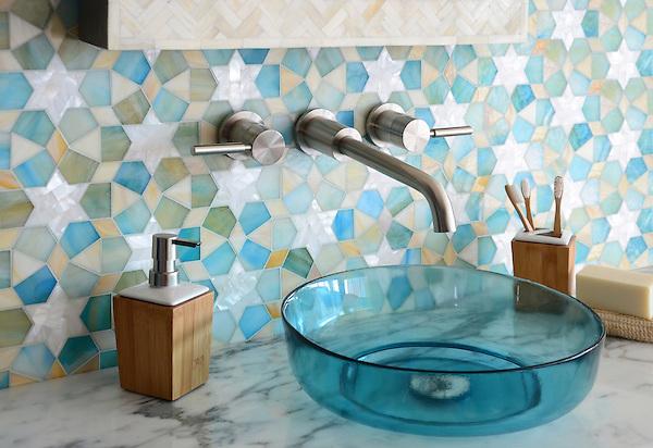 Medina jewel glass waterjet mosaic new ravenna for Badideen 2015