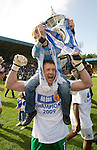 St Johnstone v Morton....02.05.09.Alan Main with his son Christopher lift the first division trophy.Picture by Graeme Hart..Copyright Perthshire Picture Agency.Tel: 01738 623350  Mobile: 07990 594431