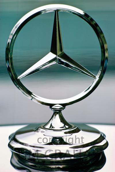 Mercedes Benz logo, United Kingdom