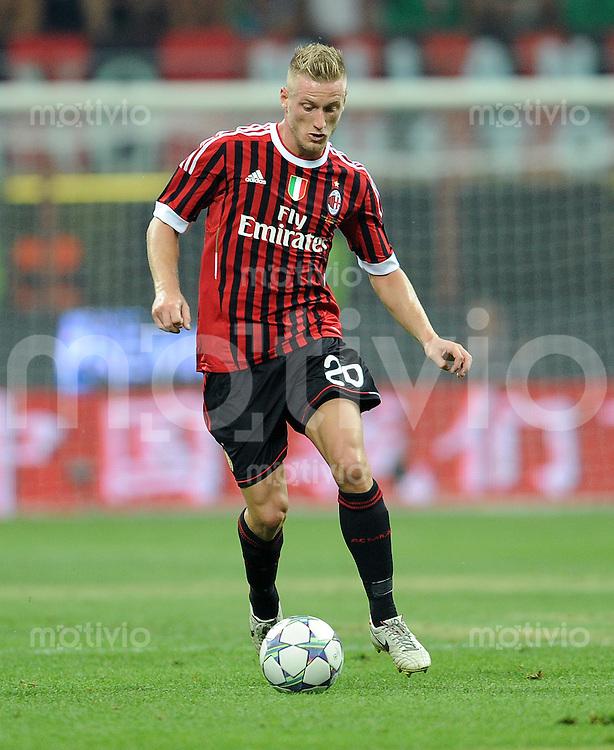 FUSSBALL INTERNATIONAL   SERIE A   SAISON 2011/2012    AC Mailand - Juventus Turin  21.08.2011 Ignazio Abate (AC Mailand)