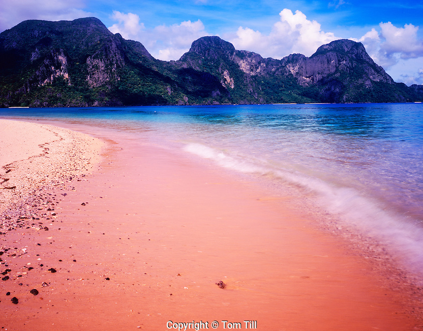 Pink Beach and Limestone Pinnacles on Helicopter Island, Bacuit Bay, El Nido Protected Area, South China Sea, Philippines