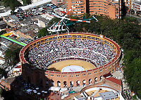 BOGOTA -COLOMBIA , 1- ENERO-2017.Panoramic photo of the bullring La Santa Maria de Bogota where the bullfights began, as well as the presence of strong police security measures due to the anti-bullfighting protestsPhoto: VizzorImage / Felipe Caicedo / Staff