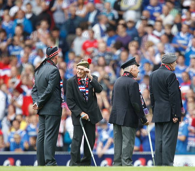 Erskine veterans enjoy a warm reception at Ibrox before the match